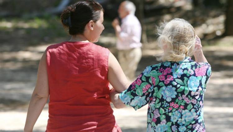 Demensvården: SPF säger ja till nya föreskrifter