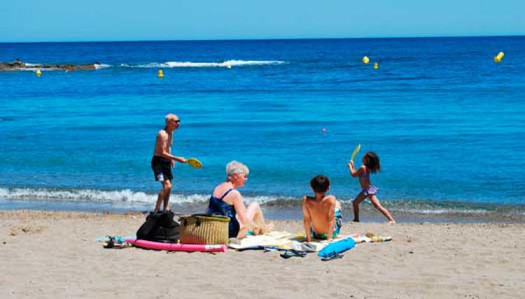 Spanska kusten med barnbarn