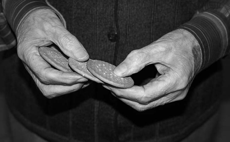 Stor upprördhet över äldres svält