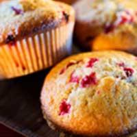 Saftiga muffins med lingon