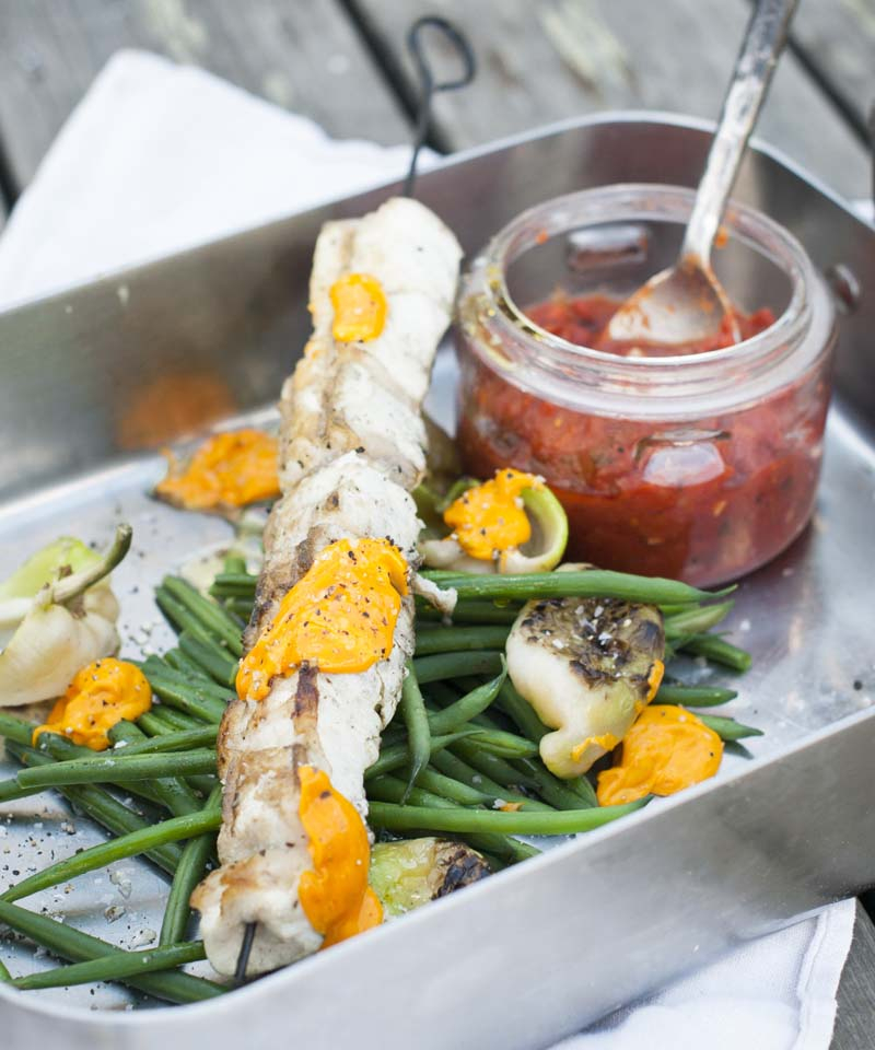 Fiskspett med saffransaïoli och tomatragu