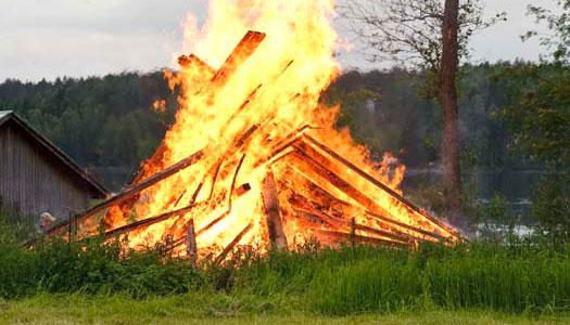 Därför eldar vi på Valborg