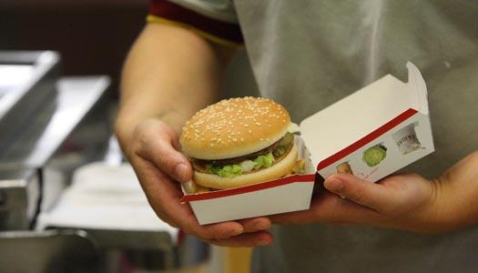 Få restauranger sänker priserna