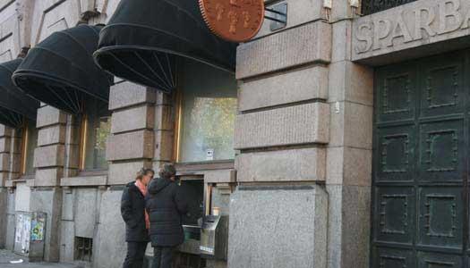 Bank stänger 180 kontor