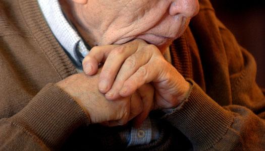 Forskare: Smärtor och utmattning bakom äldres självmordsförsök