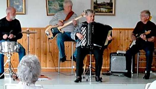Glada musikanter i Mora