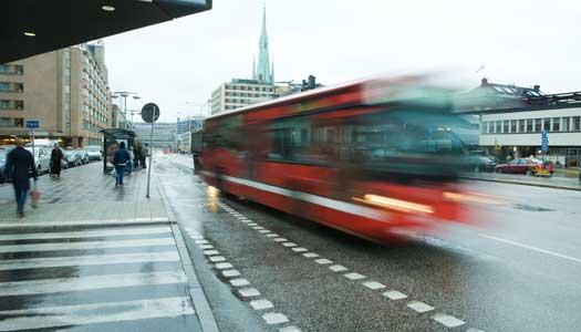 Vanligt att busschaufförer kör illa
