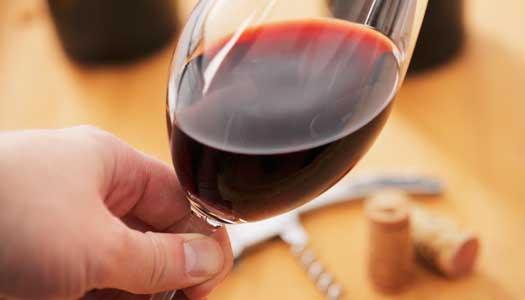 """Rödvin innehåller """"mirakelämne"""""""
