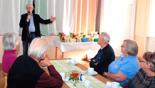 Välbesökt månadsträff med Henrik Bergner