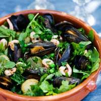 recept, ljummen skaldjurssallad med räkor och musslor, sallad.