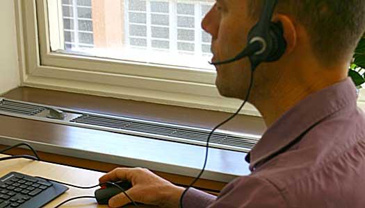 Jourtelefon öppen för äldre i nöd