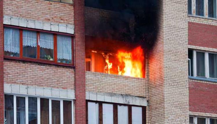 Kämpar för ökat brandskydd