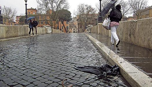 Magsjuk i regnigt Rom
