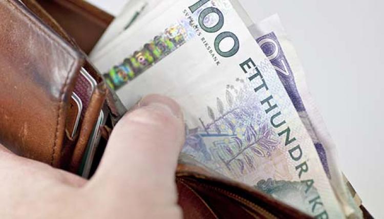 Prisbasbeloppet höjs med 1 000 kronor