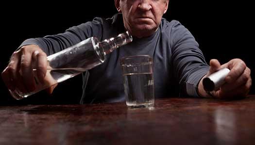 Alkoholmissbruk ställer krav på äldreomsorgen
