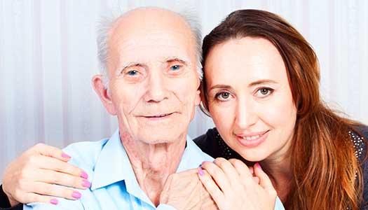 Hälften får äldreomsorg på främmande språk