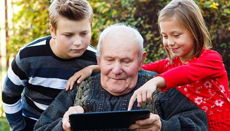 400 000 seniorer utan internet