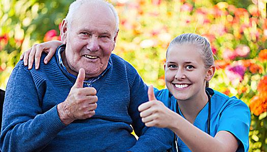 Fler äldre nöjda med äldreomsorgen