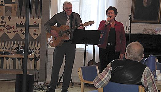 Hardy Eriksson underhöll på SPF:s månadsträff i Bjurholm