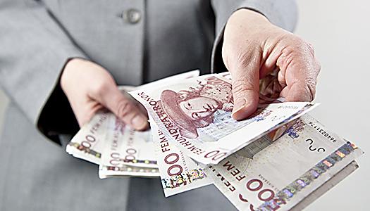 Måste ge ekonomiskt stöd till äldre anhöriga