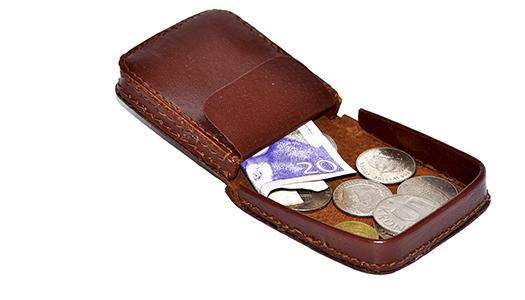 Pensionärernas skatter behöver sänkas betydligt