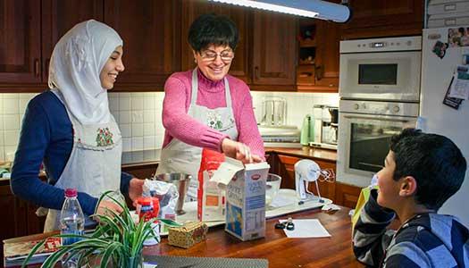 Ger och får glädje som volontär