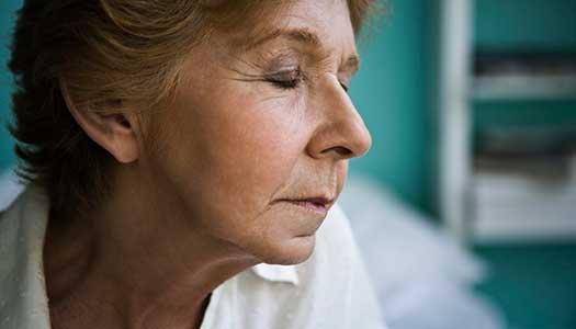 Sämre hälsa drabbar anhörig som vårdar