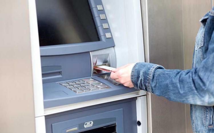 IT-seniorer: Kontanter måste finnas kvar