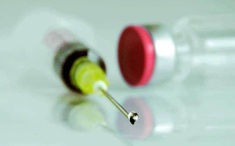 Vaccinationer: Äldres hälsa står på spel