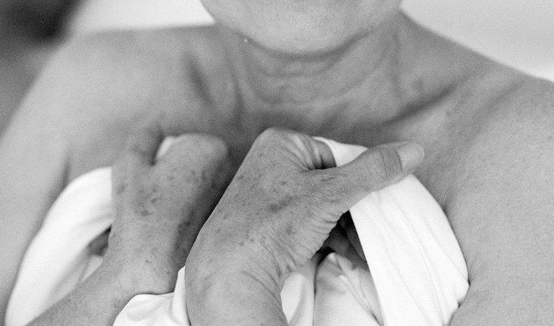 Forskare: Därför bör äldre ges mammografi