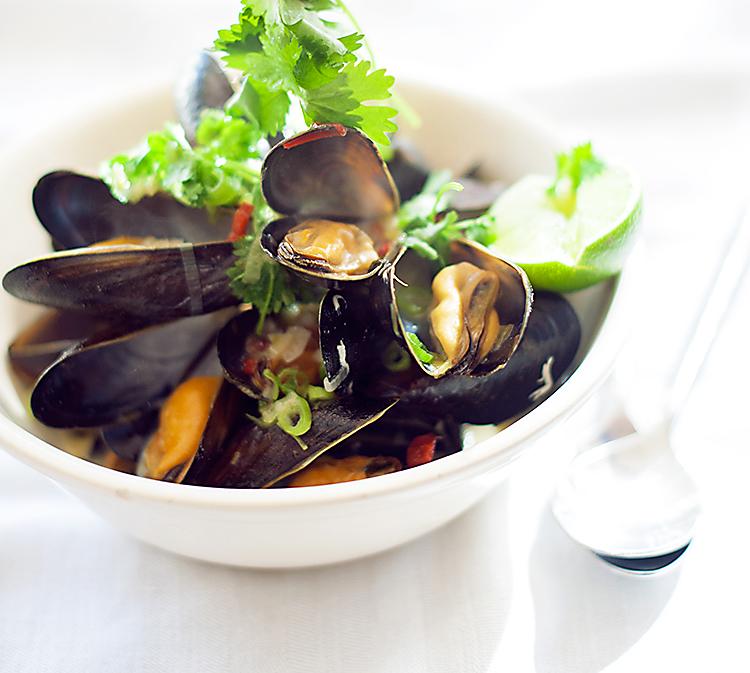 Asiatisk musselsoppa