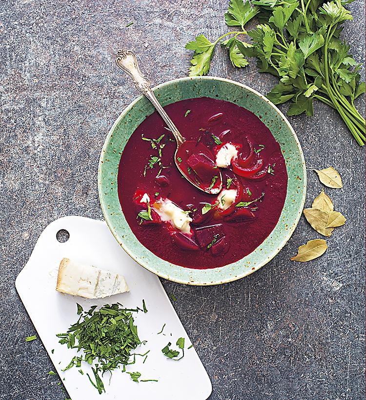 Rödbetssoppa med gorgonzola