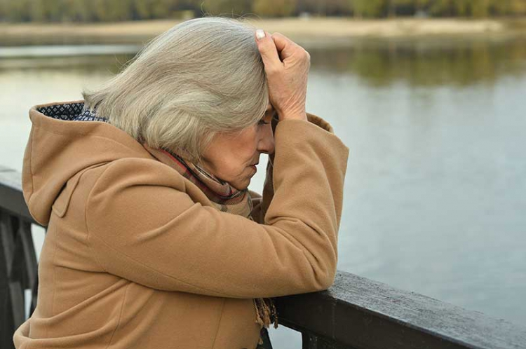 Många äldre tvingas gå i pension