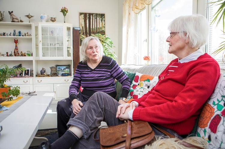 Seniorer granskar omsorgen