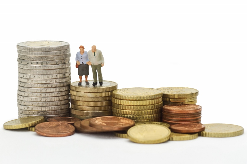 Bromsen släpper taget om pensionerna