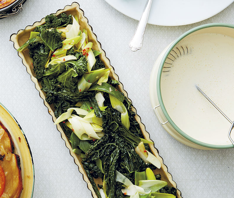 Grön- och svartkålspaj med purjolök och chili
