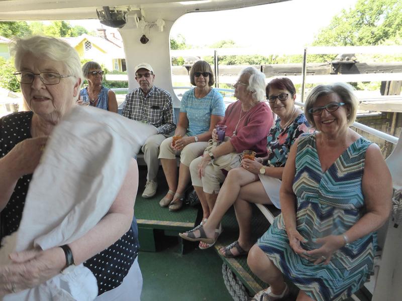 Sommarvarm resa med buss och båt för SPF Seniorerna Köpingshus