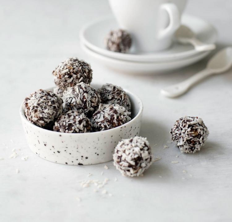 Chokladbollar av dadlar