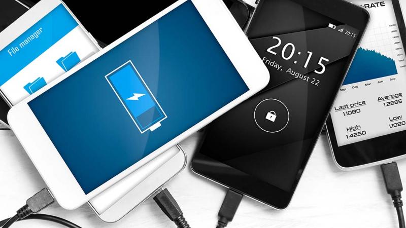 Ska man behöva en ny mobil för att vara bankkund?