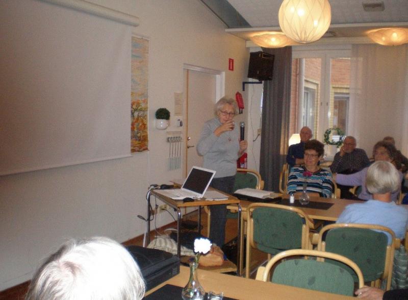 Välbesökt berättarträff hos SPF Seniorerna Pärlan Älvsbyn