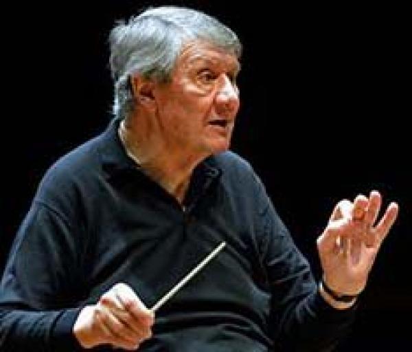 86-åring dirigerar Radiosymfonikerna