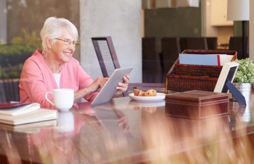 Utöver försäkringar erbjuder vi sparande- och pensionsprodukter.