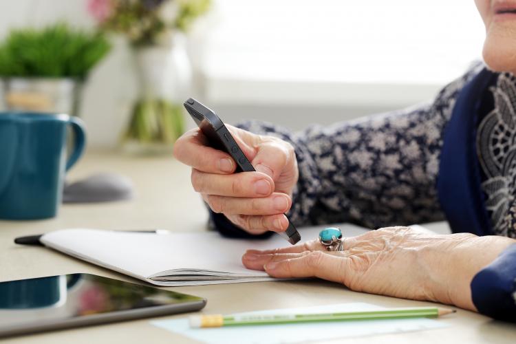 Skärper straff mot telefonbolag
