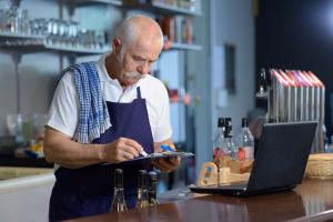 arbeta, pension, lönsam, restaurangbiträde