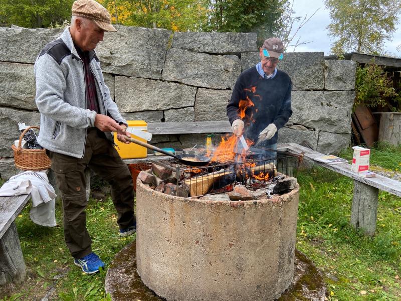 Gubbröra och Kolbullar i Husby