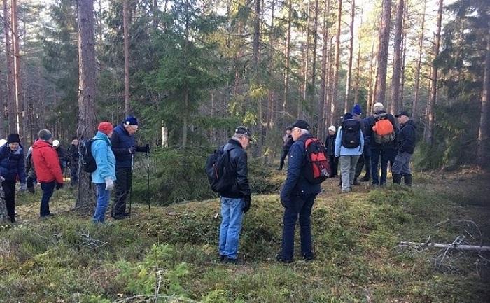 Höstens sista vandring gjorde vi på Larslundsmalmen