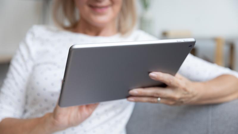Ny rapport: Fler äldre ska få vara med och planera äldrefrågor