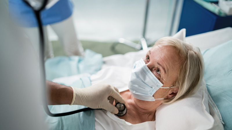 Läkare uteblev när pandemin var som värst