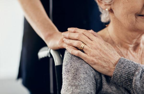 Så många miljarder krävs för trygg äldreomsorg