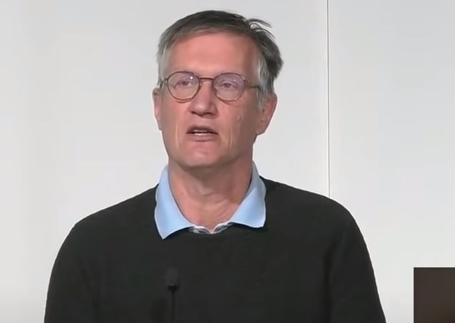 Anders Tegnell: EMA kommer med dubbla budskap